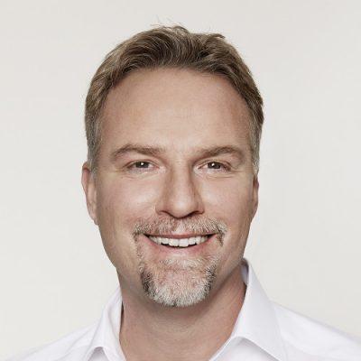 Dr. Oliver Alber